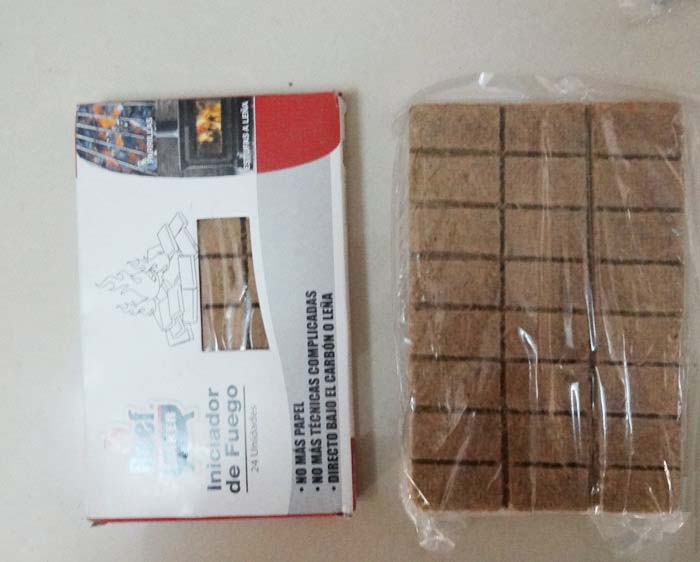 Windproof and Waterproof Survival Matches with Sealed Case, matches for camping, survival kits