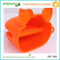 Hot sale durable heat resistance high grade pig shaped oven mitts