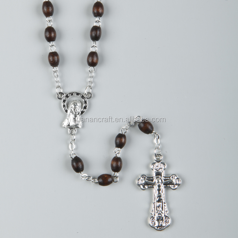 Wholesale Various sizes colors catholic wood bead rosary necklaces