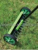 Mulity change roller wheeled lawn moss removal rake