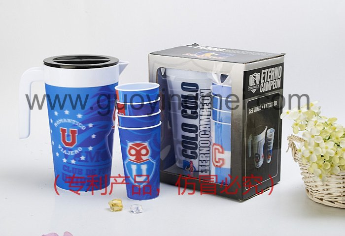 1.8L plastic water kettle with 4 pcs of 3d cups