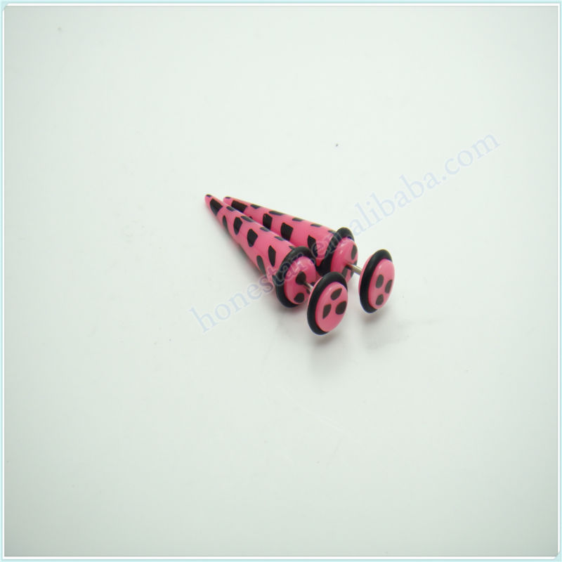 Cheap printed acrylic fake ear tapers stretchers