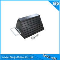 solid rubber wheel chock for car stop wheel with metal handle
