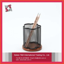 B83509 high quality promotional gifts metal mesh power coated desk set accessories wooden pen holder