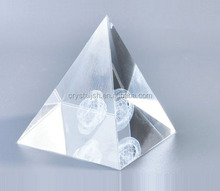 Custom Crystal glass Pyramid Shape Paperweight For Office decoration