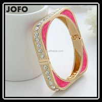 Latest Design Fashion Alloy Painted Gold Wide Square Bangle For Women JHJ0191