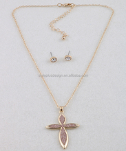 S62425I01 Lady rhinestone pink glitter paper gold chains cross pendant and earring set jewellery gold necklace