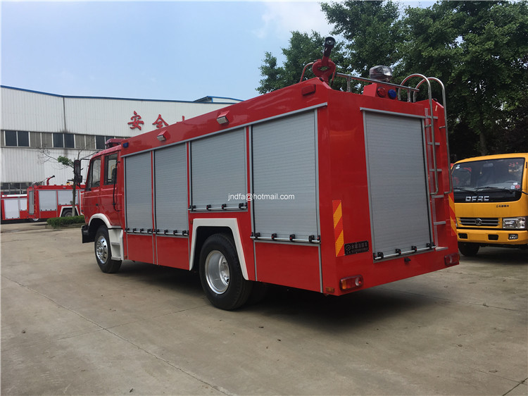5000L to 8000L water tank capacity firetruck for firemen In Africa