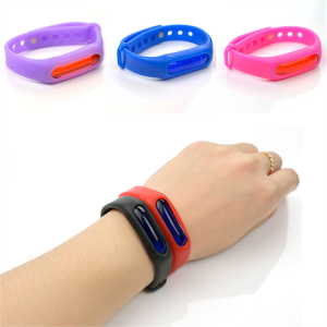 Eco-friendly lovely baby anti mosquito repellent bracelet bug repellent with button insect repellent