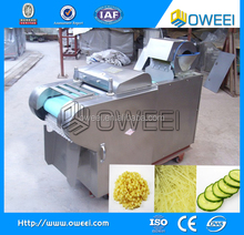 Vegetable cutting machine with different blades