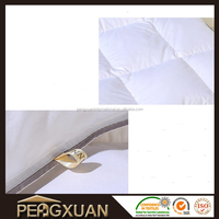 superior keep warm down luxury hotel quilt