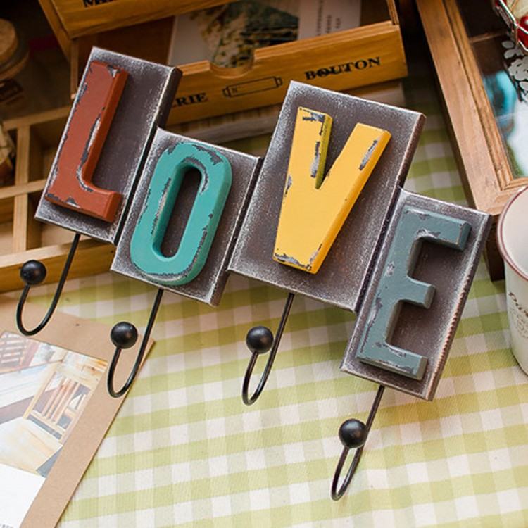 Western Style Home Furnishing Decoration LOVE Letter Wall Hanging Hook