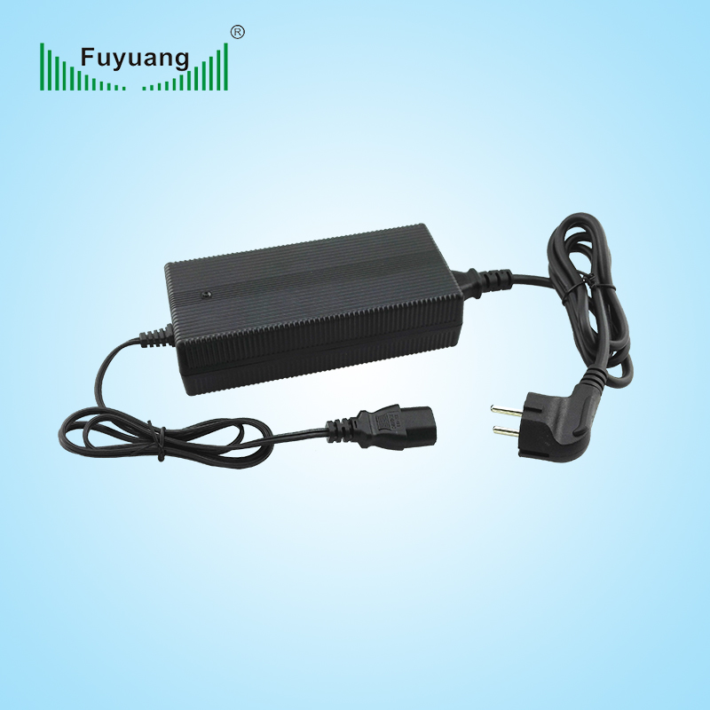 constant voltage 16.8v 7.5A universal laptop battery charger for lithium ion battery