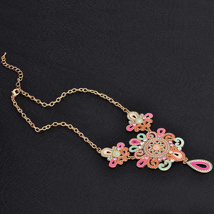 Beautiful Design Coloured Crystal Women Necklace Accessories