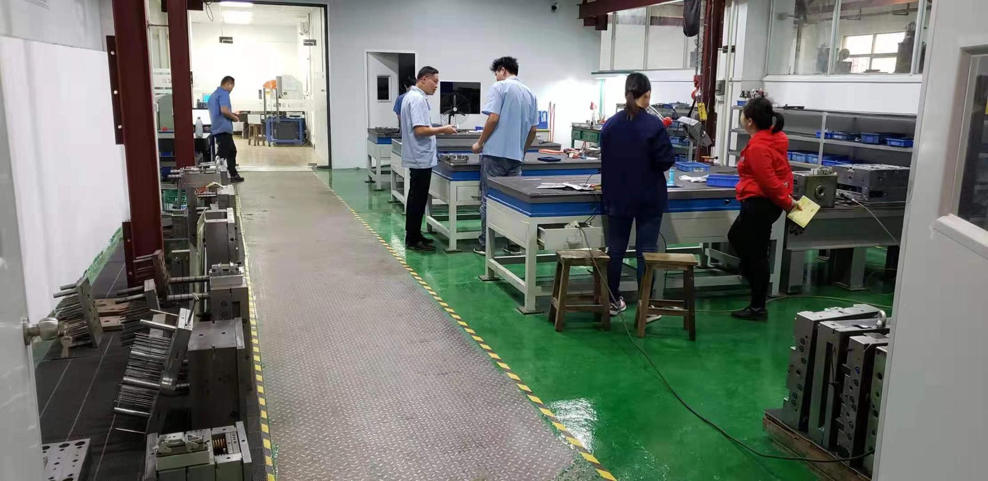 custom plastic injection mould making for ABS PP PA PE PS PC POM material