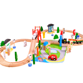 2020 new electric train toy 80pcs wooden train track toy DIY assembled Thomas train 3-8 years old children's toys