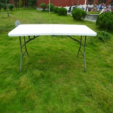 hot sale 6FT <strong>plastic</strong> wholesale folding in half table outdoor commercial picnic garden wedding use