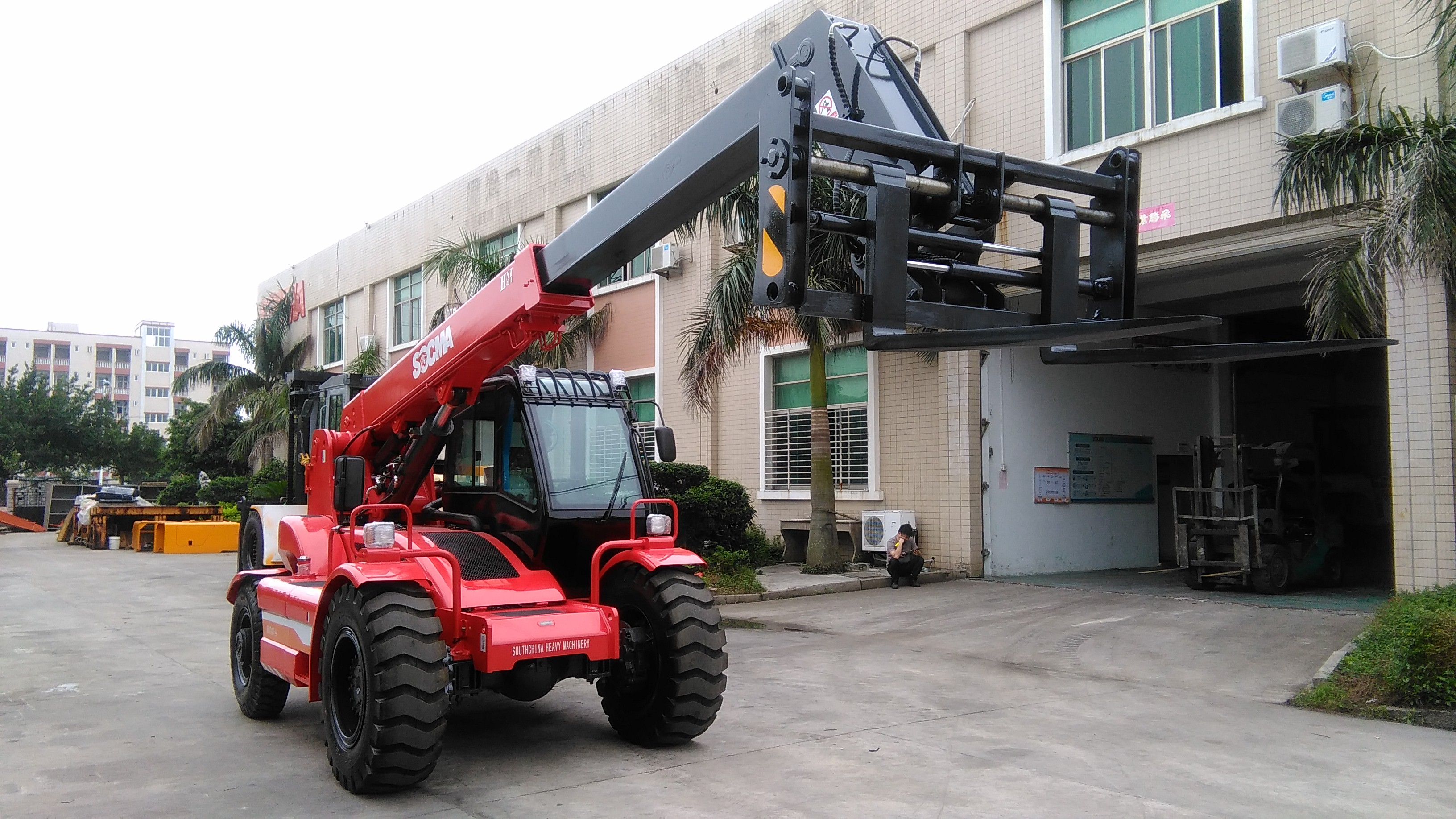 2.5, 3, 3.5, 4, 5 tons Forklifts 10m max lifting height telehandler