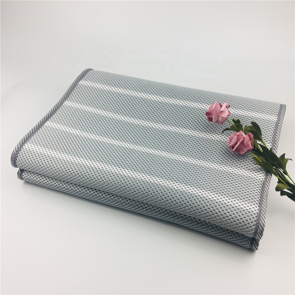 Wellcool manufacture 5-20mm thickness striped pattern air flow foldable 3d mesh mattress topper for 1.8m 2m bed - Jozy Mattress | Jozy.net