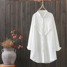High quality white color free <strong>size</strong> <strong>lace</strong> decoration long sleeve women cotton <strong>blouse</strong> &amp; tops