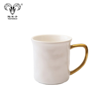 New products 2019 simple cup matte gold handle ceramic coffee mug with <strong>black</strong> and white