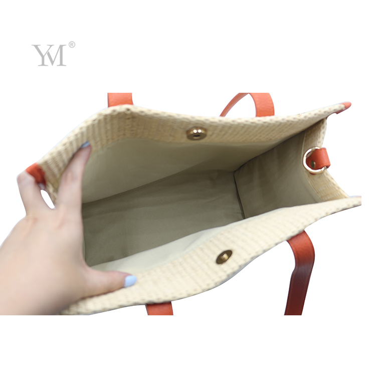 Newly design own label makeup bags wholesale lady cosmetic bag