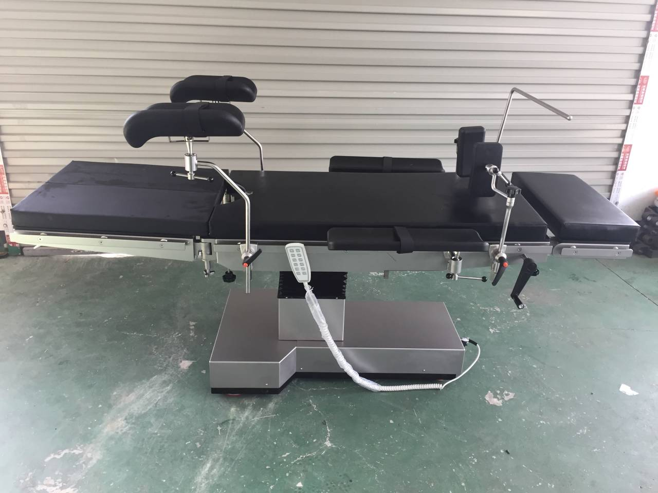 Medical electric hydraulic operation room spine surgery OT table