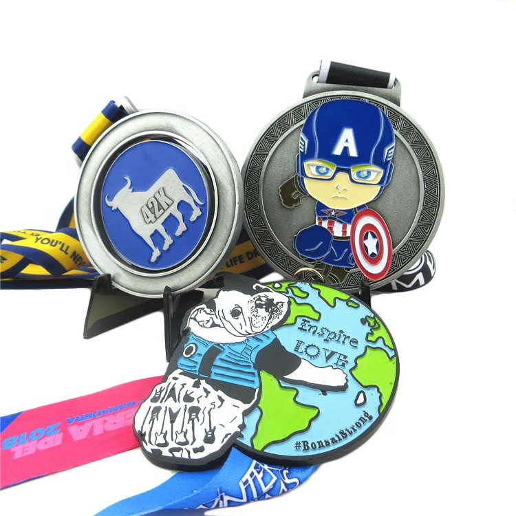 Factory price zinc <strong>alloy</strong> 3D metal captain America medal wholesale custom enspire love metal medal military with ribbons