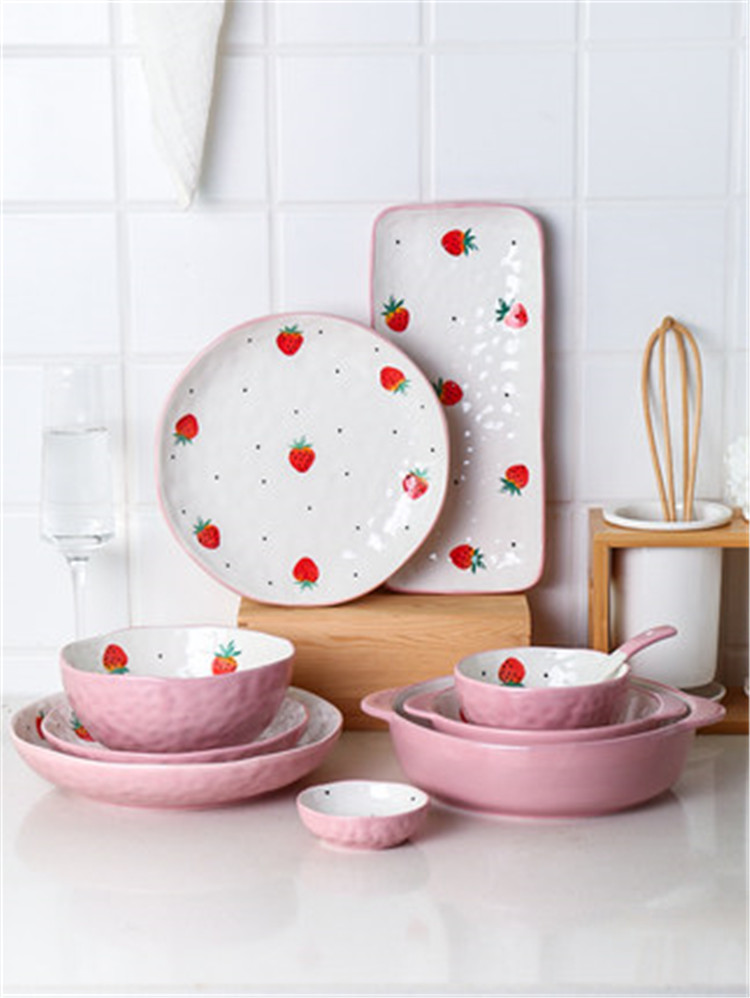 Handcrafted custom made lovely pink color italain ceramic dinnerware  dinner plate sets