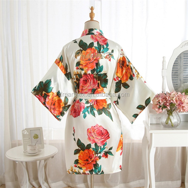 BIG flower night gown Wholesale   morning wear robes wedding group  makING up  2019   Cheap down robes