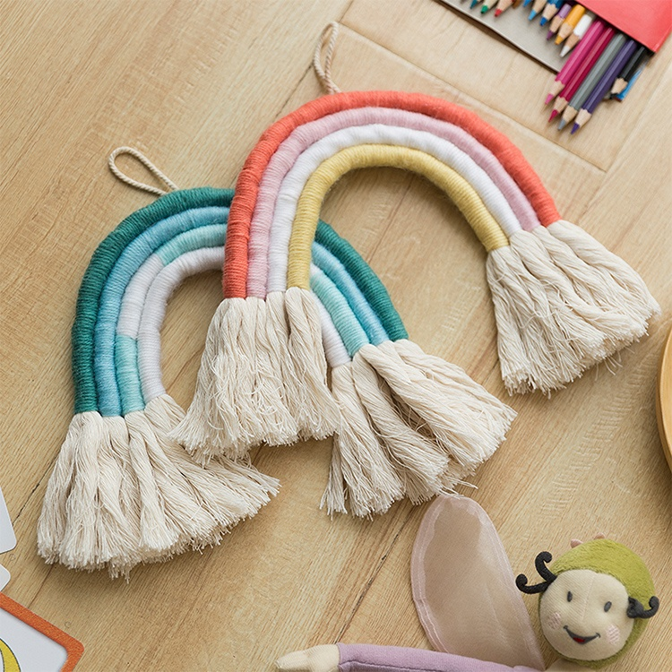 2019 Hot selling 100% handmade cotton woven art rainbow macrame wall hanging baby room <strong>decor</strong>