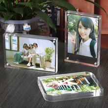 Fashion Tebletop free standing Acrylic magnetic photo frame/Picture Frame Home Decor