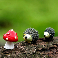 Garden Moss Resin Crafts Artificial Mini Hedgehog Red Dot Mushroom Miniature Ornament Hedgehog Decor Fairy Garden