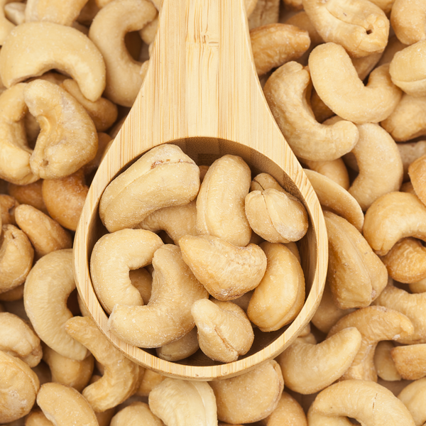 Grade A Raw Cashew Nuts Vietnam/ Organic Cashew Nuts/ Cashew Nuts For Sale