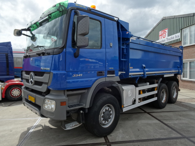 '09 MB 3341 6x6 Tipper