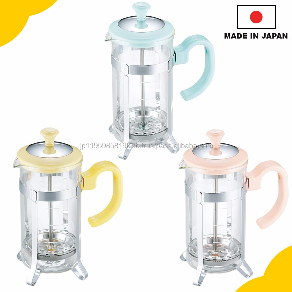 "Cute and reliable brewer, ""Tea server for 5 cups"" with heat-resistant glass made in Japan"