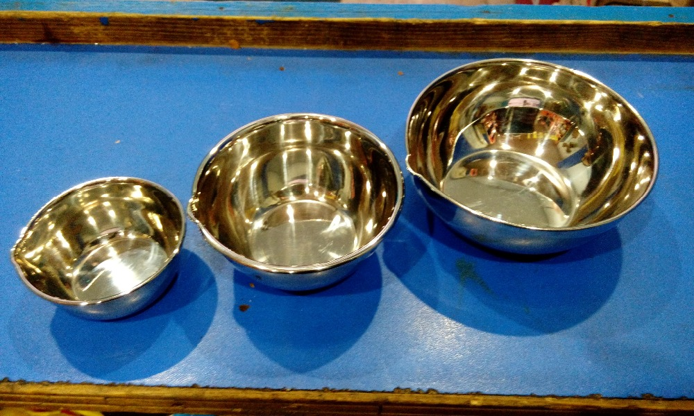 Laboratory stainless steel bowl