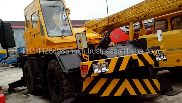 KATO KR250 25 ton KR300 30 ton used truck crane singapore Japan's original sell