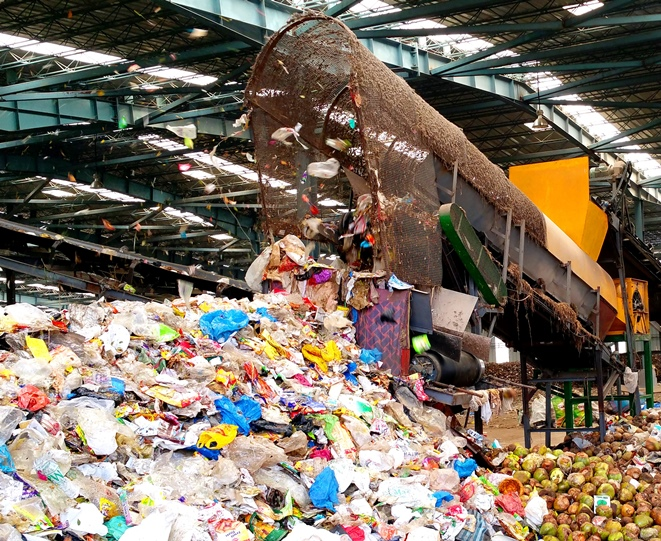 municipal solid waste Municipal solid waste (msw) causes hazards to inhabitants various studies reveal that about 90% of msw is disposed of unscientif- ically in open dumps and landfills, creating problems to public health and the environment.