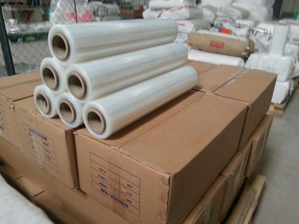Stretch film roll LLDPE using for rolling pallet or protective goods