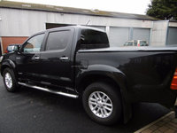 Used RHD Toyota Hilux 3.0D-4D Invincible crewcab 2011