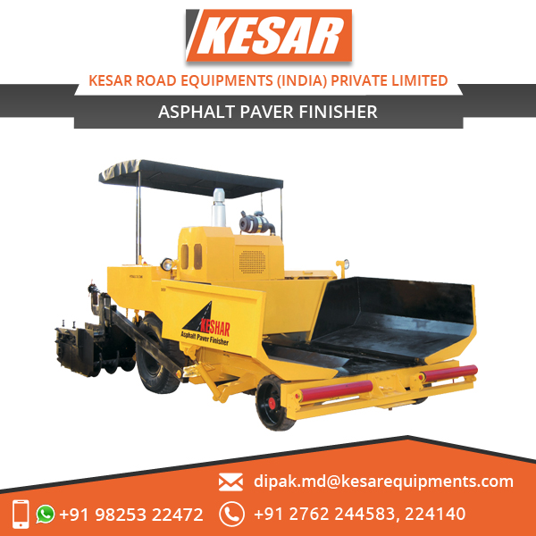 Modern and Solid Design Asphalt Paver Finisher with Power Steering
