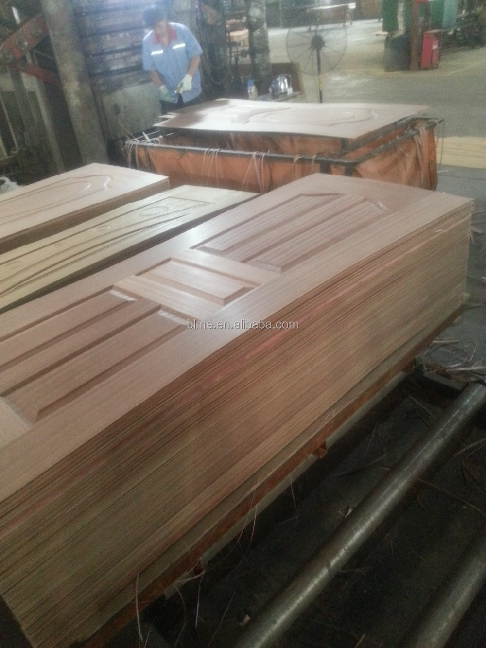 Natural Thailand Veneered HDF Mould Door Skin