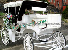 Elegent Victoria Horse Carriage/Wedding White Victoria Horse Baggi/Tourism Horse Drawn Carriages manufacturer