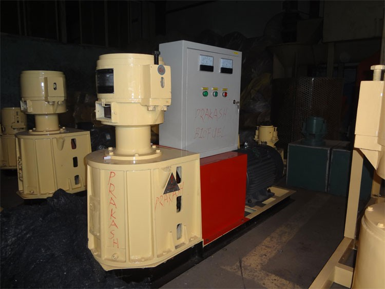 300 kg Wood Pellet Machine in Srilanka for sale