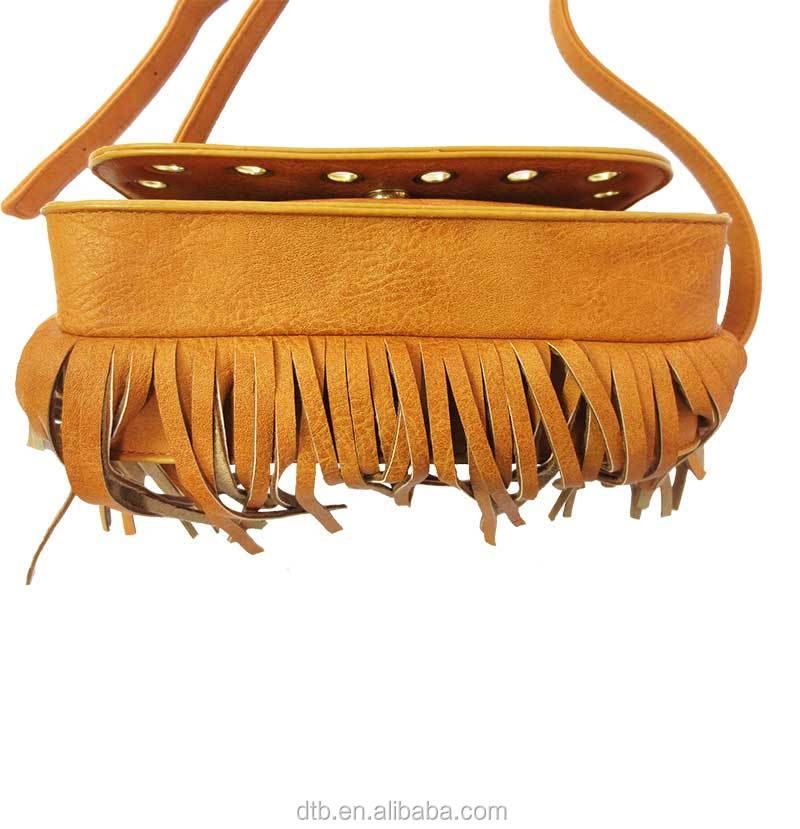 Fringe Crossbody Bag with Heloma