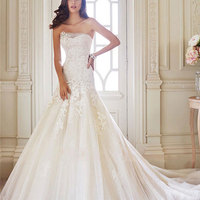 Women's Sexy White Off The Shoulder Wedding Dress