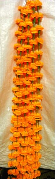 Marigold flowers garland For Decoration