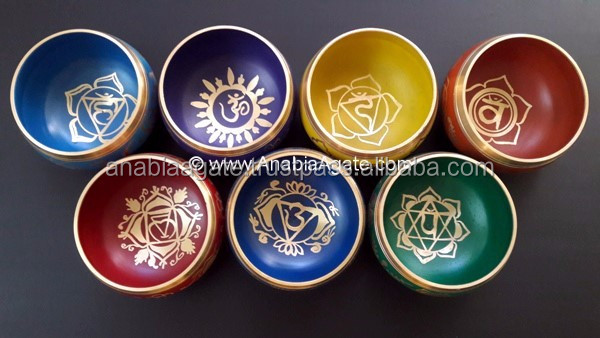 Tibetan Singing Bowl Set Of 7 : Singing Bowl Set With Cushion And Lather Stick