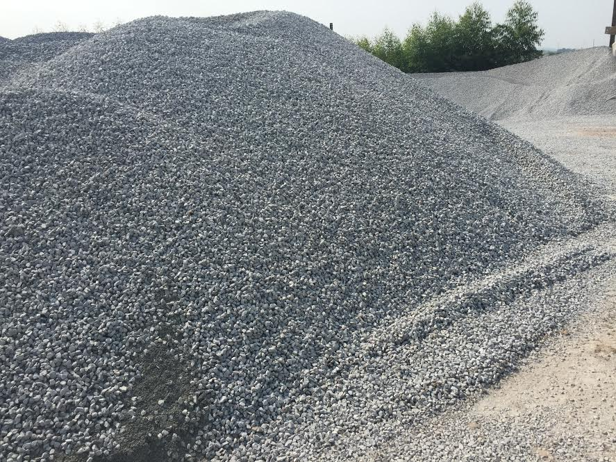 Black crushed stone , for road/ railway/ damn/ bridge construction